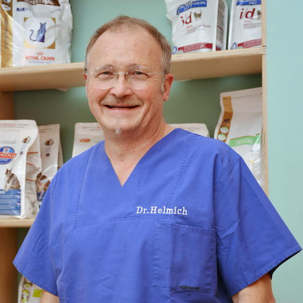 Dr. Kurt Helmich